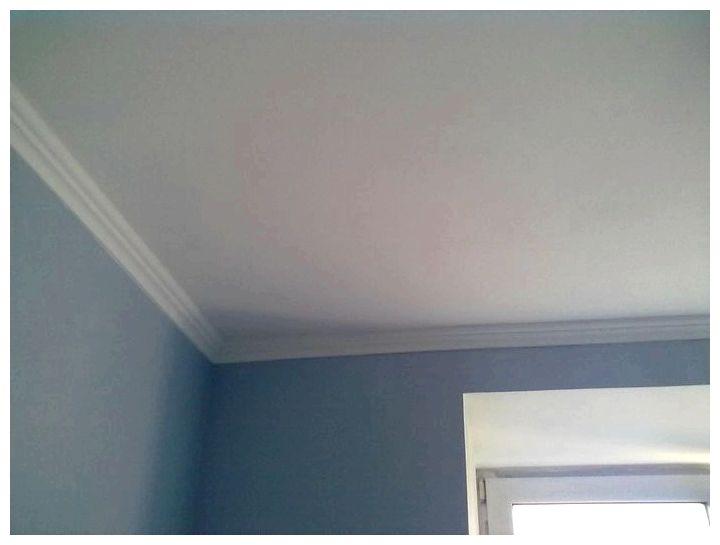 Водоэмульсионная краска для окрашивания потолка и стен