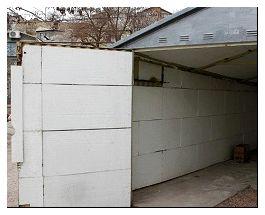 Утепленный пенопластом изнутри гараж